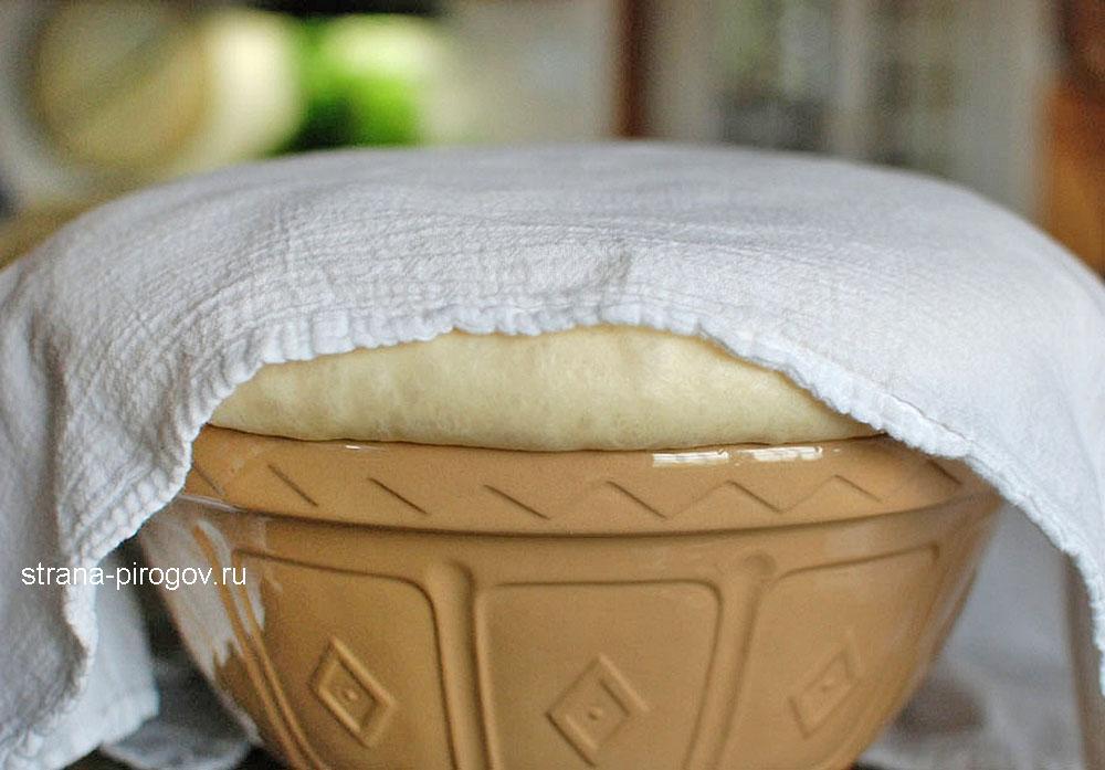 Дрожжевое тесто с сухими дрожжами
